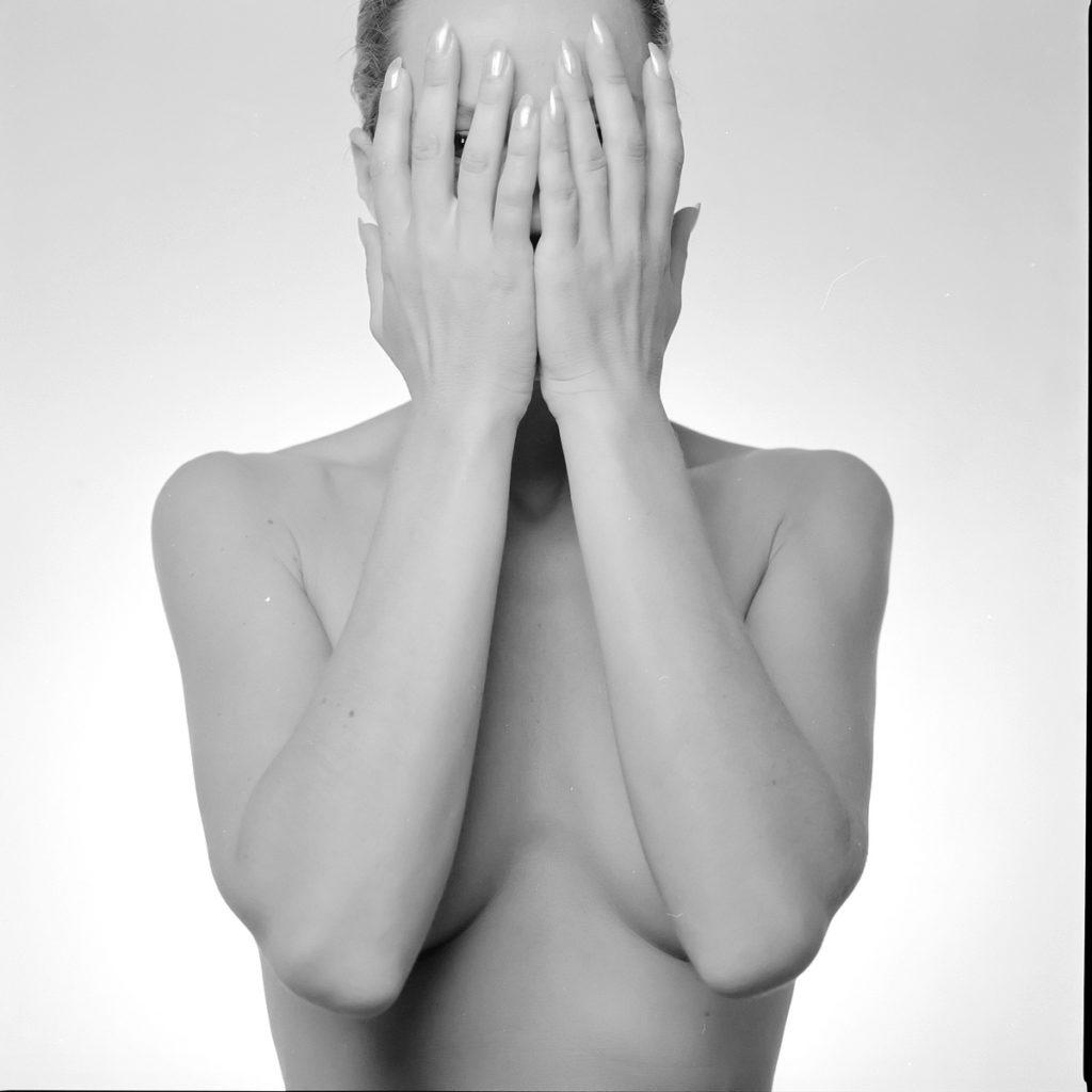 ©StefanoLanzardo-photo-Need-a-Body-Cry-020